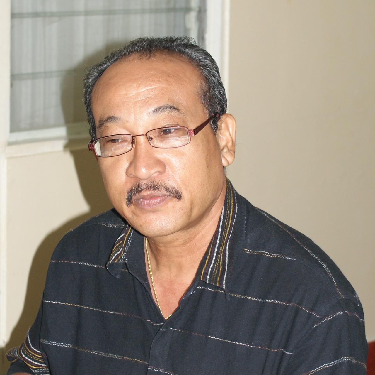 Leonel, Johan Soetosenojo